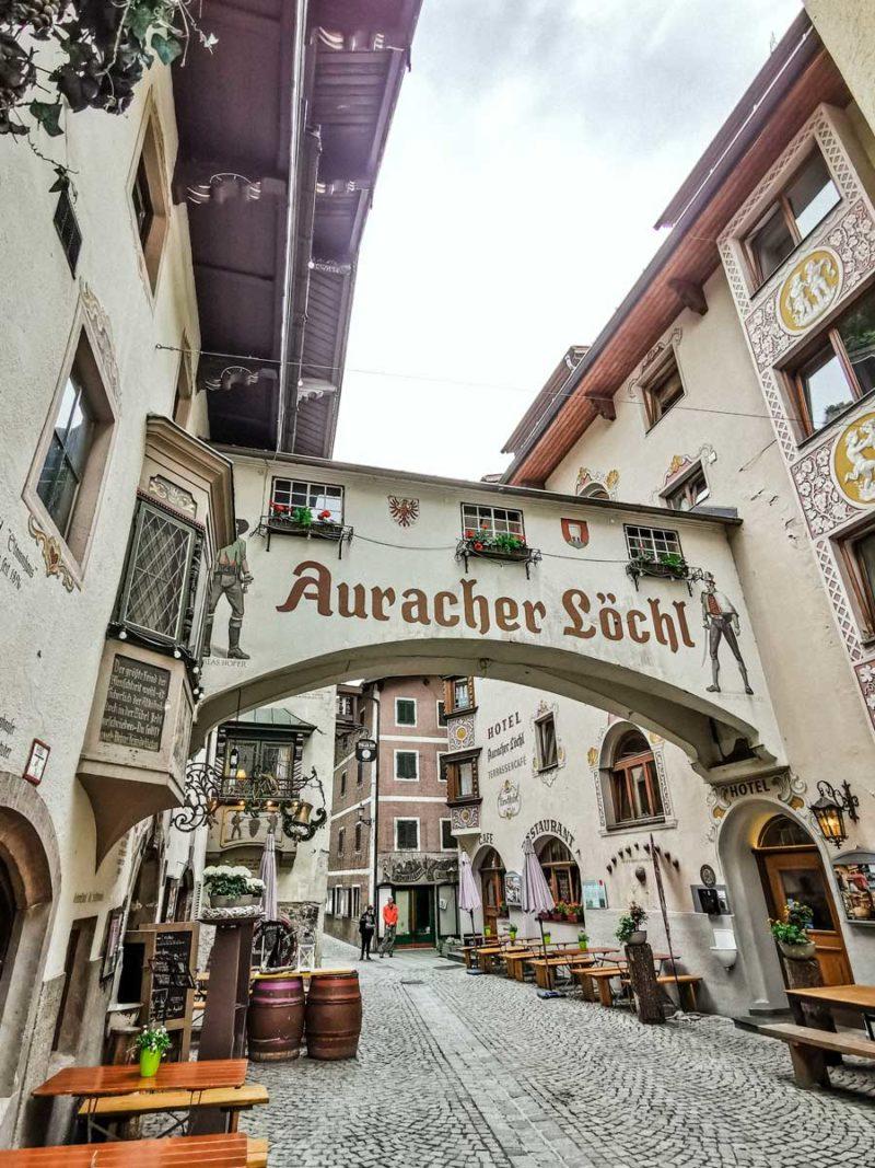 auracher loechl kufstein, tirol, kleinste restaurant der welt