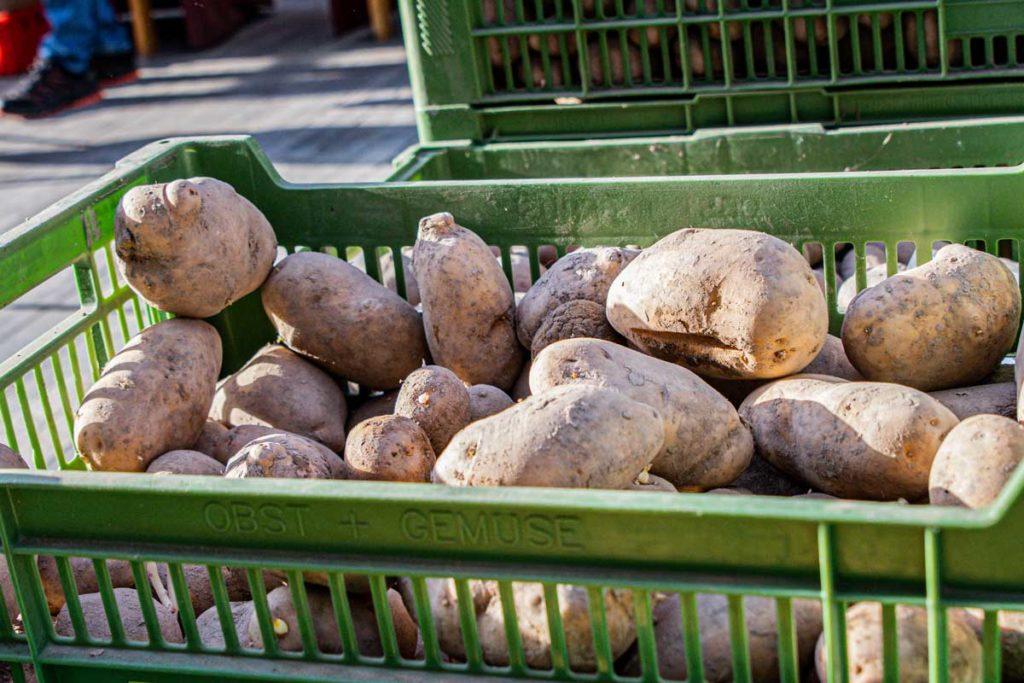 ©knapp-storytelling.com Bauernmarkt am Innsbrucker Sparkassenplatz